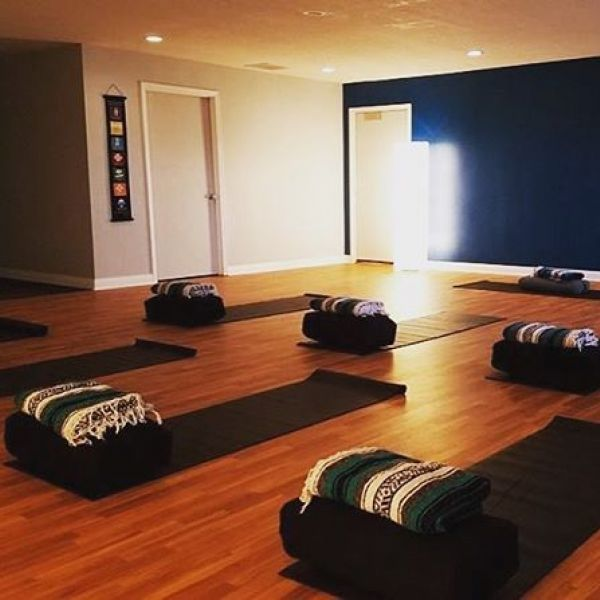 Looking for lunch plans on Friday? Trade the crowded restaurant or the boring break room for a gentle and relaxing yoga class at our Huntington studio inside of @cardinalfammed - right next to Starbucks! Our Yoga Break 3-week series begins this Friday, Dec.  6! Follow the link in our bio to learn the details and reserve your spot!  #lunchbreakyoga #meetmeonthemat #letsdolunch #yogabreak #yogalunch #huntingtonindiana #friyay
